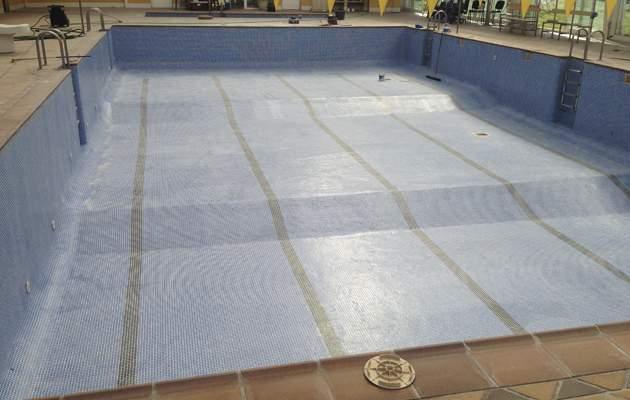 Arreglos pavimento piscinas